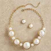 Pearly Jewelry Set