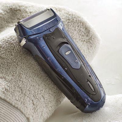 Men's Aqua Foil Shaver by Vivitar