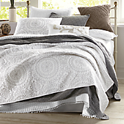 embroidered medallion coverlet by jessica simpson