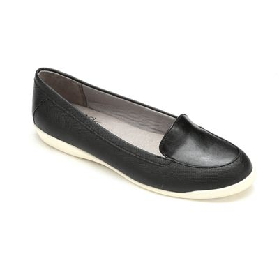 Ginja Slip-On Shoe by Lifestride