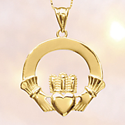 10k gold claddagh pendant