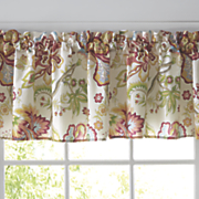 bethany valance  runner and placemats