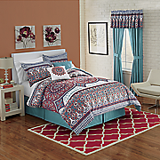 tauri 10 pc  bed set and window treatments