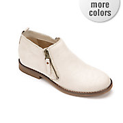 mazin cayto bootie by hush puppies
