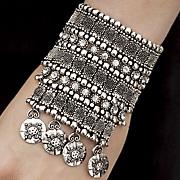 crystal stretch bracelet 28