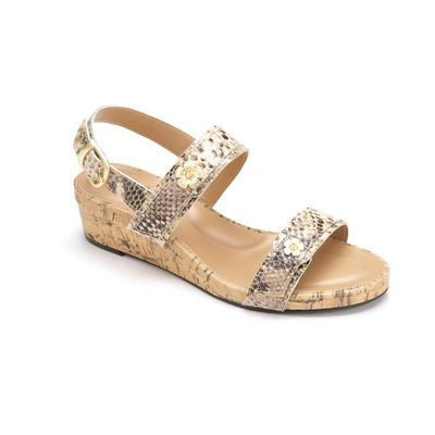 Oceane Wedge by Soft Style