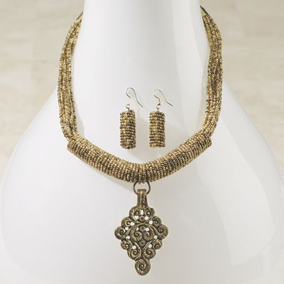 Pendant/Seed Bead Necklace/Earring Set