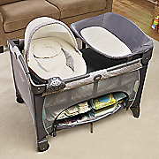 newborn napper play yard deluxe by graco