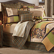 9 pc  oak lodge quilt set