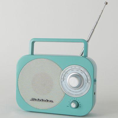 AM/FM Radio by Studebaker