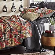 ava oversized quilt and sham