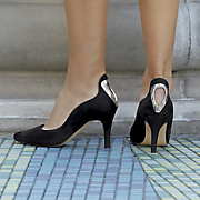 wavy open heel pump