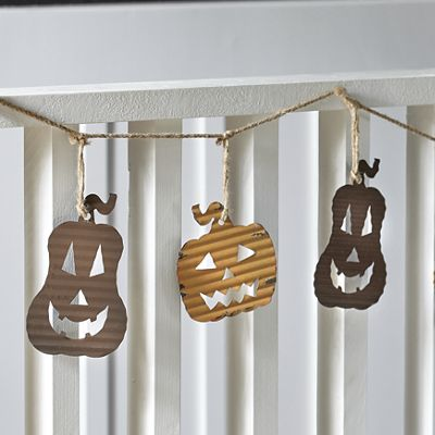 Metal Pumpkin Garland