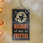 welcome pretties sign