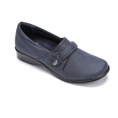 Women's Fargo Shoe by Easy Street