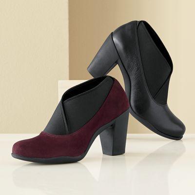 Adya Luna Shoe by Clarks