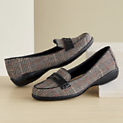 daly plaid loafer by soft style