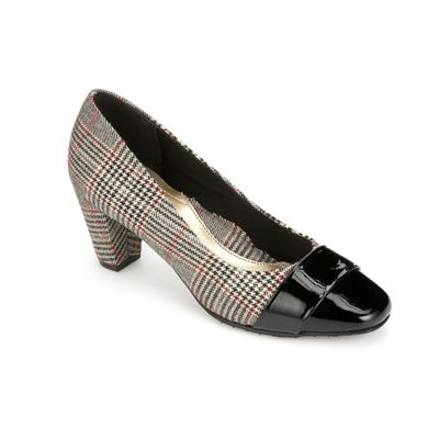 Mabry Plaid Pump by Soft Style