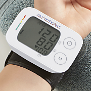 wrist blood pressure monitor by smartheart