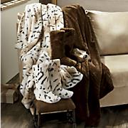 luxury faux fur throw   bootie set