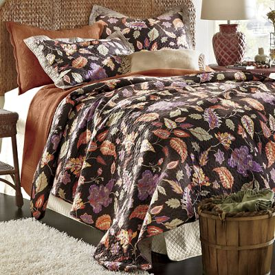Leaf Oversized Quilt and Sham