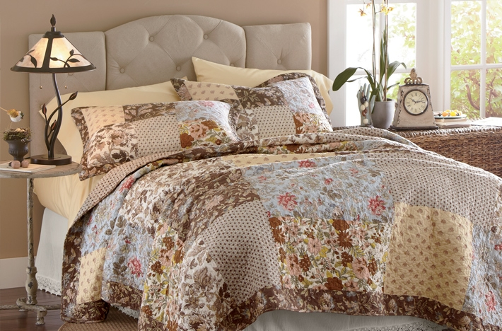 Patchwork Quilt Bedroom