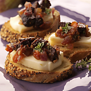Bruschetta With Wisconsin Limburger, Figs And Grilled Onions