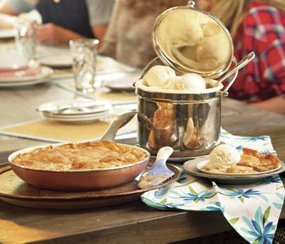 Mrs. Carter's Skillet Apple Pie