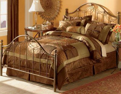 'Chester' Comforter Set
