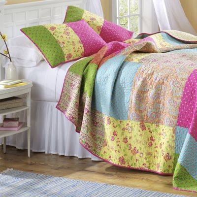 Johana Oversized Quilt and Sham