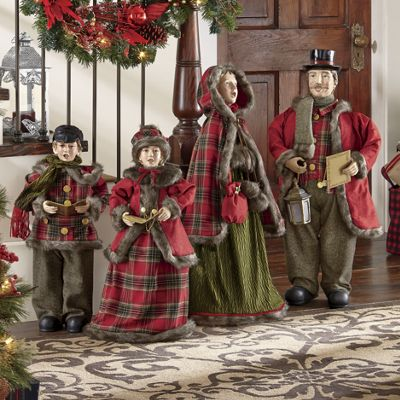 Set Of 4 Victorian Carolers From Country Door Nc41653