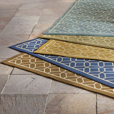 Honeycomb Indoor/Outdoor Rug