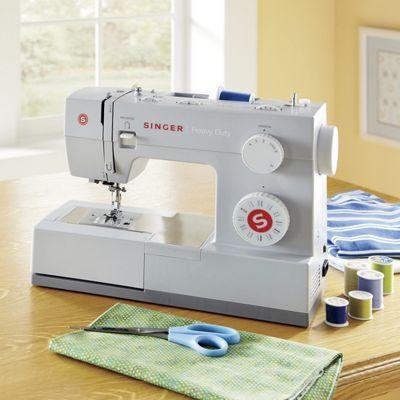 Singer<sup class='mark'> &reg;</sup> Sewing Machine
