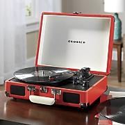 crosley s cruiser briefcase style turntable