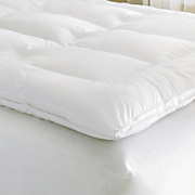 Luxury Mattress Topper with Free Pillows from Innergy ™ by Therapedic ™