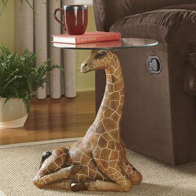 Merveilleux Serengeti Giraffe Accent Table
