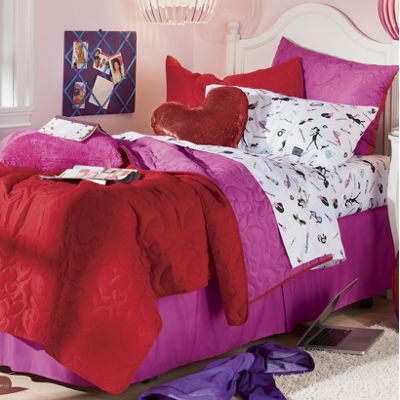 Fashionista Reversible Coverlet Set