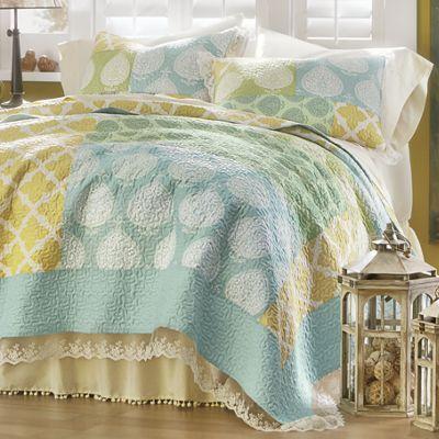 Avalon Oversized Quilt and Sham