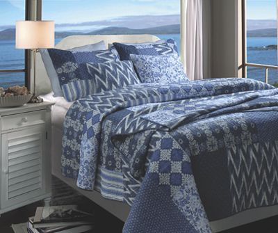 Santorini Quilt Set and Accessories