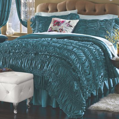Labelle Bedding and Window Treatments