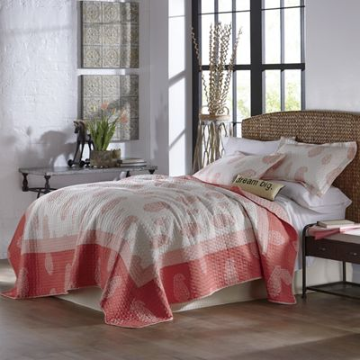 Freida Coral Oversized Quilt and Sham