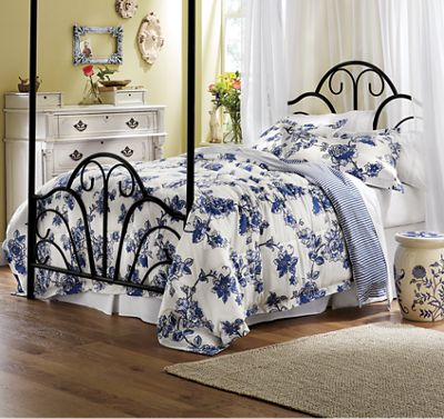 3-Piece Toile Comforter Set