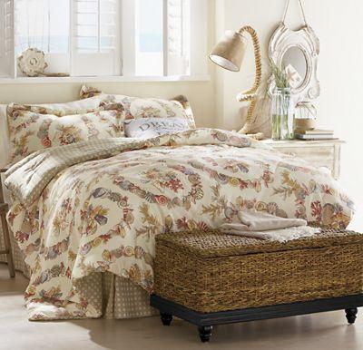 Coral Wreath Comforter Set