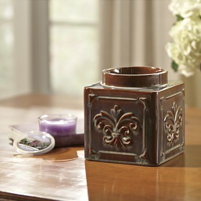 Yankee Candle Warmer and Wax Cups