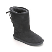phyliss boot by bearpaw