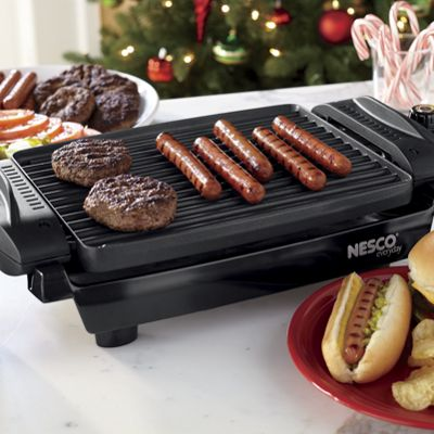 Reversible Grill/Griddle by Nesco