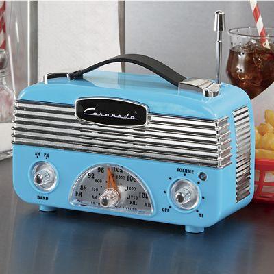 Coronado Vintage-Style AM/FM Radio