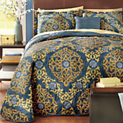 fairhaven bedspread  decorative pillow and window treatments