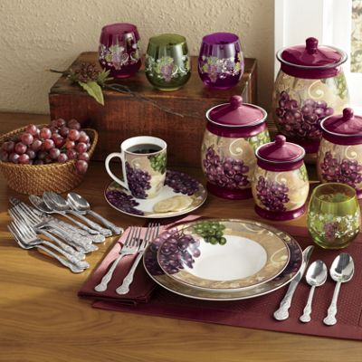 16 Piece Grape Vineyard Dinnerware Set From Seventh Avenue
