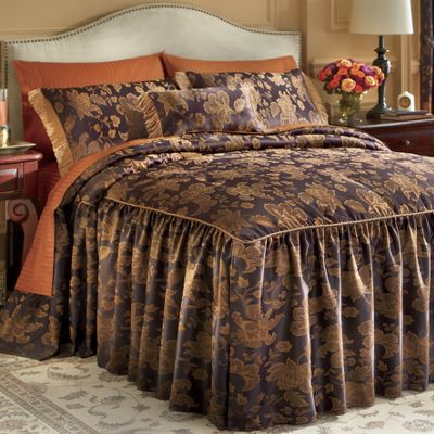 Estate Skirted Comforter Set